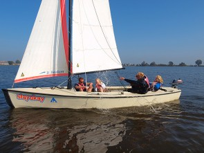 Viva la Frisia: 6-day Sailing Course on a Valk including overnight stay and services