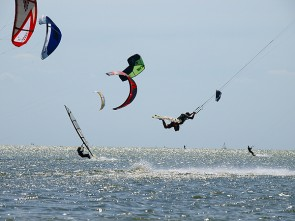 Viva la Frisia: Kitesurf Holiday including services