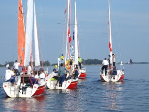 Viva la Frisia: Fox Sailing Weekend Package including services